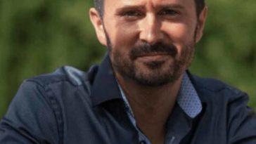 Julien Pe%CC%81ron