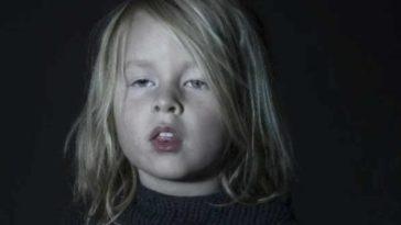 Enfant hypnotise%CC%81